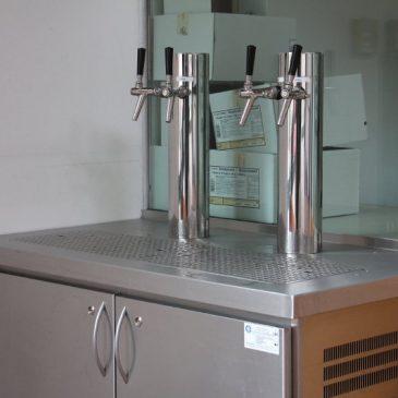 Fotos: Trinkwasserbrunnen für die Aula