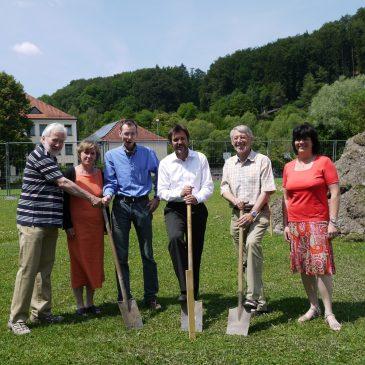 Fotos: Bau der Beach-Volleyball-Anlage