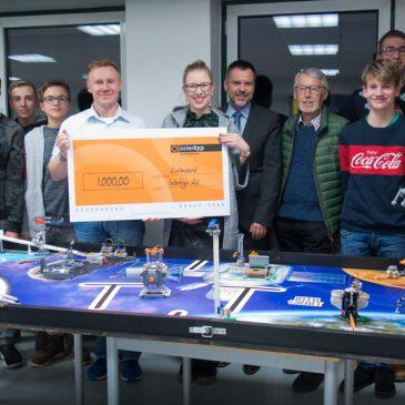 Spende für Robotics-Wahlkurs